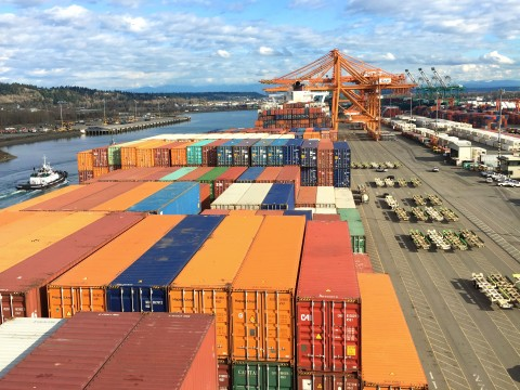 This year's first-quarter full imports reached 351,607 TEUs, up more than 13 percent. Meanwhile, full exports grew 6 percent at 247,186 TEUs.